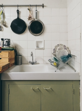 tiny kitchen inspiration: sage, pale mint green, lots of crisp white and a bit of warm wood