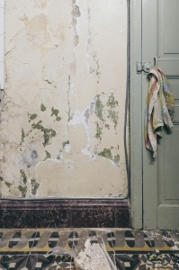 getting rid of cracked plaster